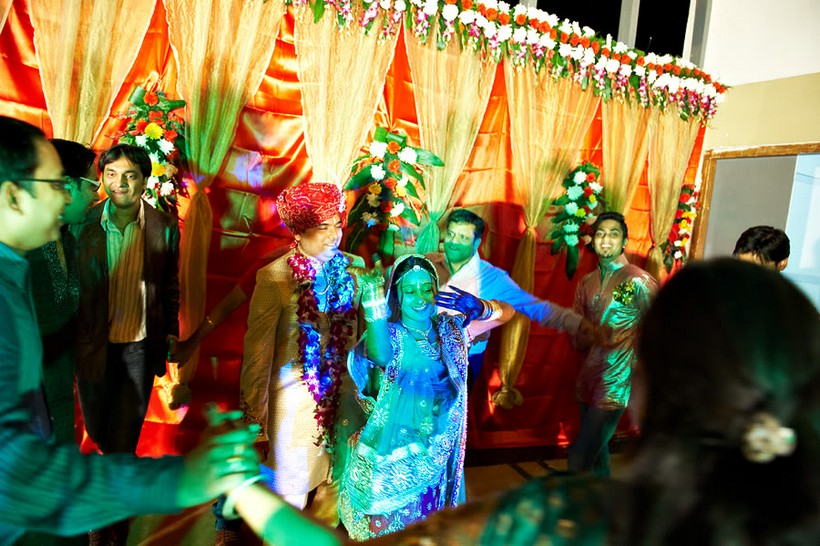 http://i203.photobucket.com/albums/aa186/brul_photo/indian%20wedding/079.jpg