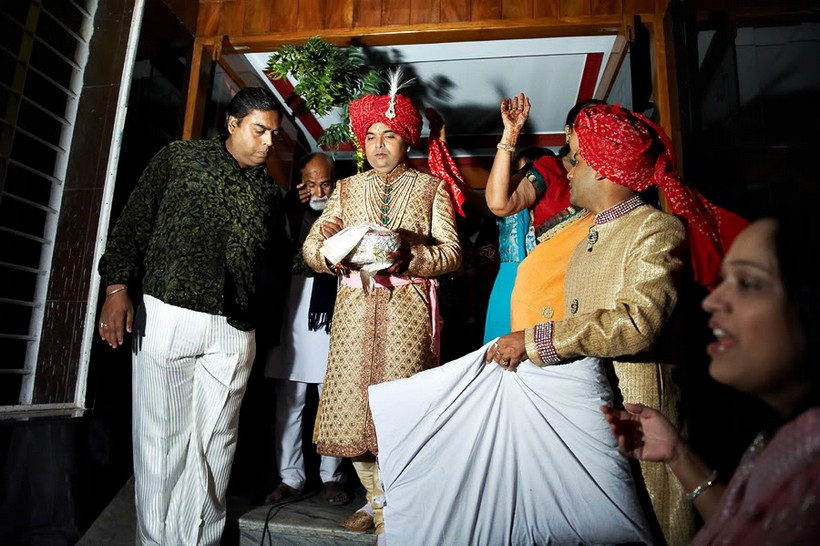 http://i203.photobucket.com/albums/aa186/brul_photo/indian%20wedding/093.jpg
