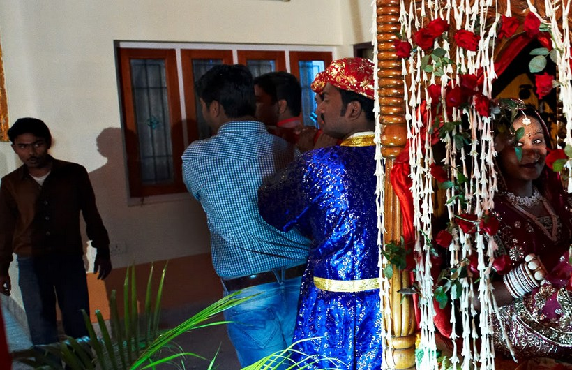 http://i203.photobucket.com/albums/aa186/brul_photo/indian%20wedding/115.jpg