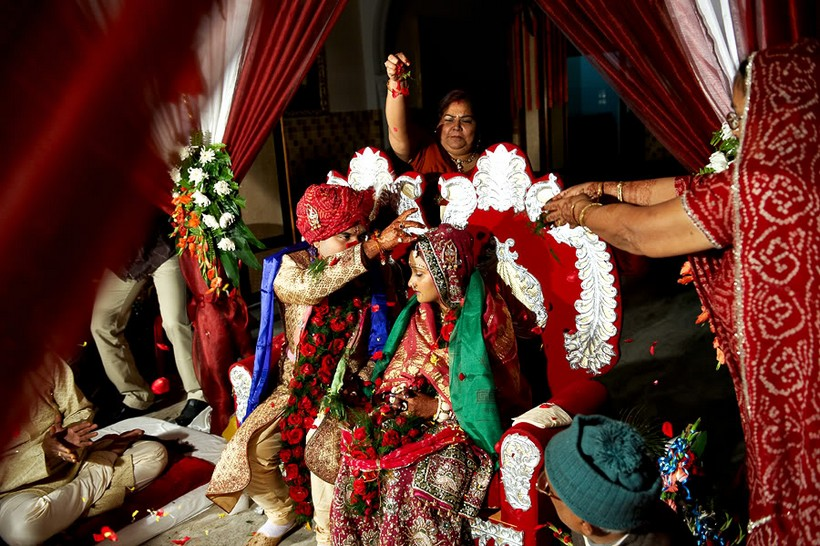 http://i203.photobucket.com/albums/aa186/brul_photo/indian%20wedding/136.jpg